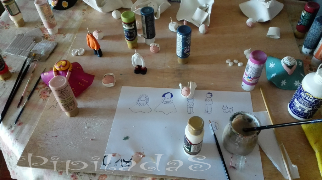 cómo hacer figuras pasta de papel pipiladas