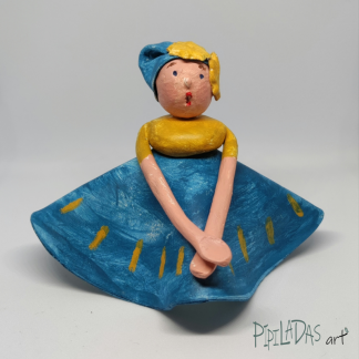 muñeca pasta de papel pipiladas art